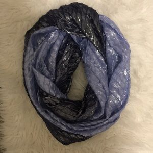 Stunning sparkly infinity scarf